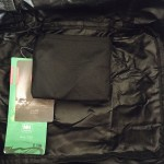storage pouch on the inside of travel clothes cube organiser